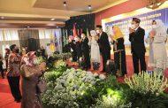 Hadiri Pelantikan Rektor Unitomo, Mahfud MD: Jangan Pernah Merasa Memiliki Jabatan