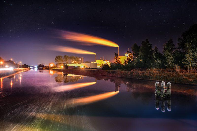 Pertamina Kena Masalah Timbunan Utang, PLN Ikut Dijual Ketengan
