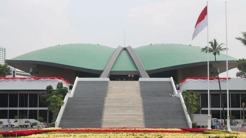 Sesuai Amanat UU, Ketua Komisi II DPR: Pemilu Serentak Dilaksanakan 2024