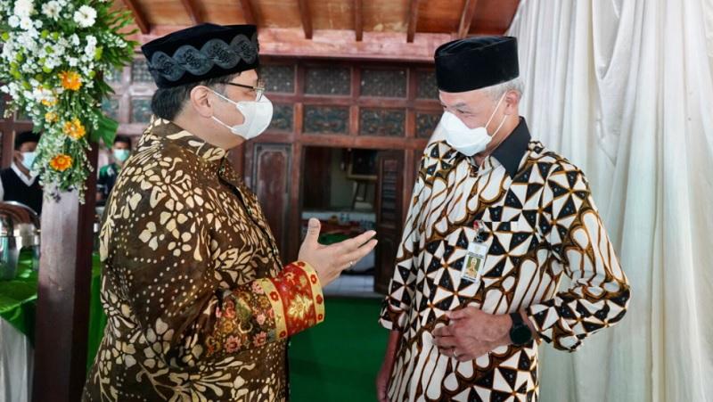 Jamiluddin Ritonga: Duet Airlangga - Ganjar Akan Layu Sebelum Berkembang