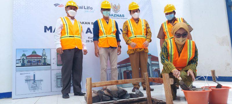 PT Capital Life Syariah Gandeng BAZNAS Bangun Masjid Al-Hidayah Kuningan
